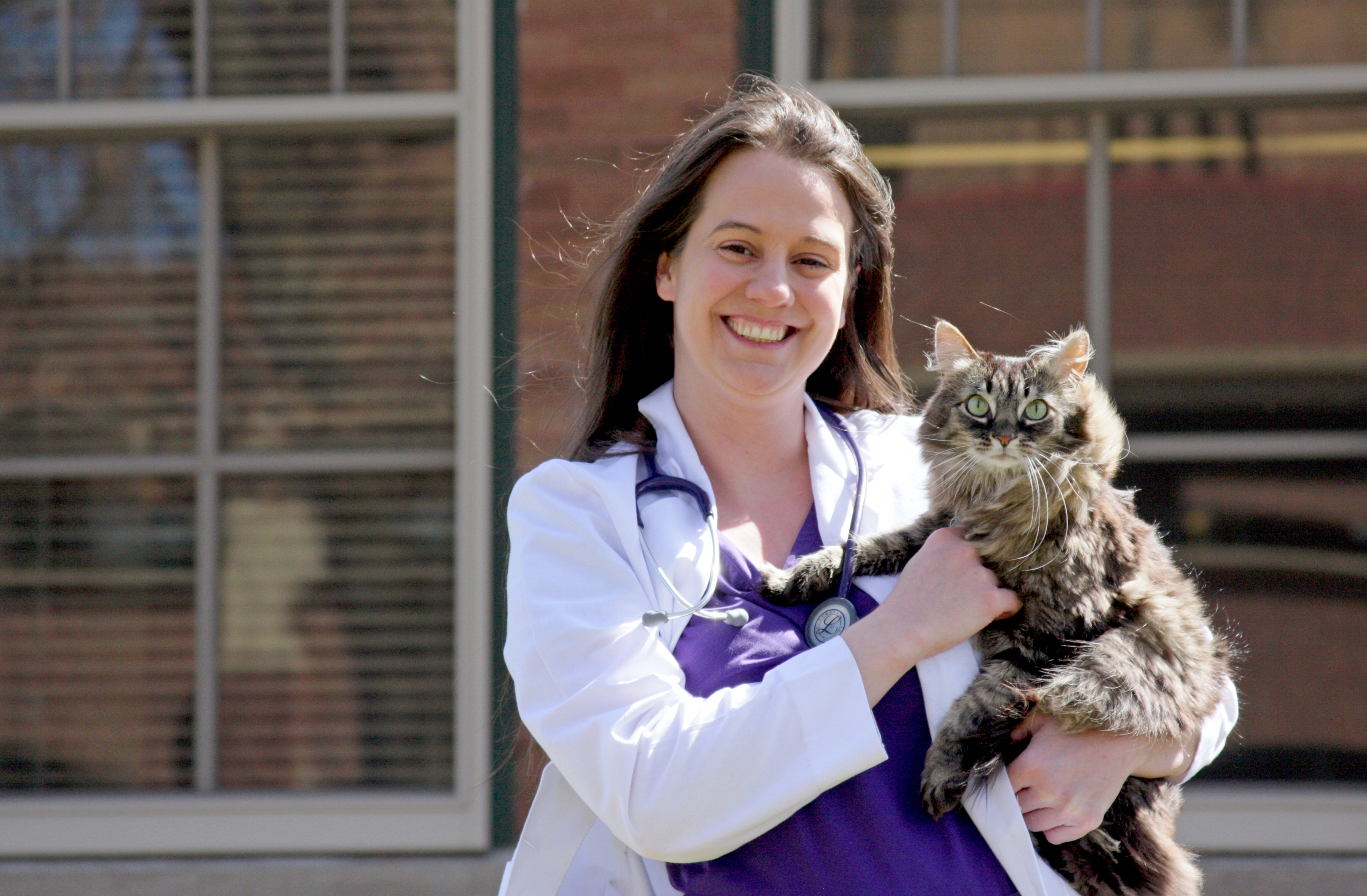 Kristin Snyder and her cat Peanut